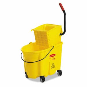 Rubbermaid WaveBrake 35 Quart Bucket, Side Press Wringer, Yellow (RCP758088YW)
