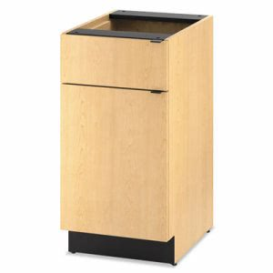Hon Hospitality Single Base Cabinet, Door/Drawer, Natural Maple (HONHPBC1D1D18D)