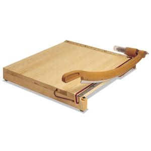 "Swingline Solid Maple Paper Trimmer, 15 Sheets, Maple Base, 15"" x 15"" (SWI1142)"